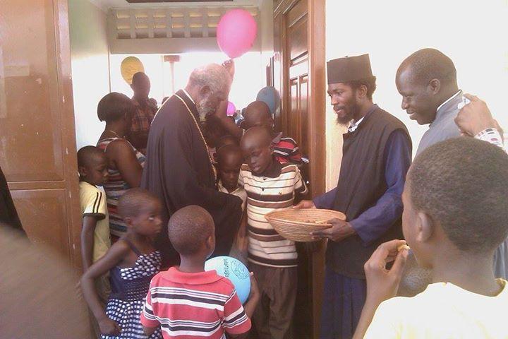 Αποστολή απεντόμωσης εξετελέστη…- Τώρα τα ορφανά στην Ουγκάντα μπορούν να αναπαυθούν