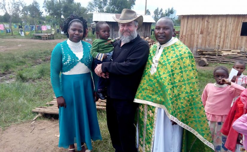 Το μεγάλο έργο του Πατέρα Κωνσταντίνου και της Πρεσβυτέρας του Τερέζας στην Κένυα- Γίνε και Συ εθελοντής.