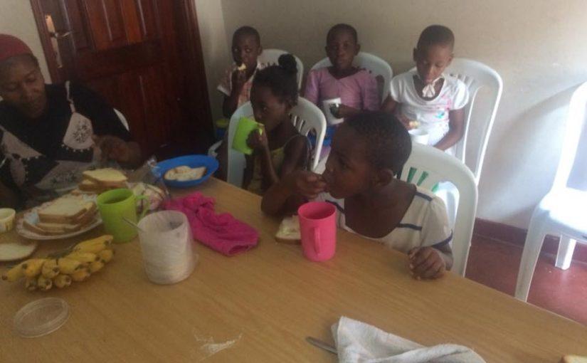Εικόνες από τα γενέθλια της Ορφανής Βαλέρια από την Αγία Σοφία στην Ουγκάντα …